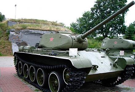 Танк wot т44 в Брестской крепости